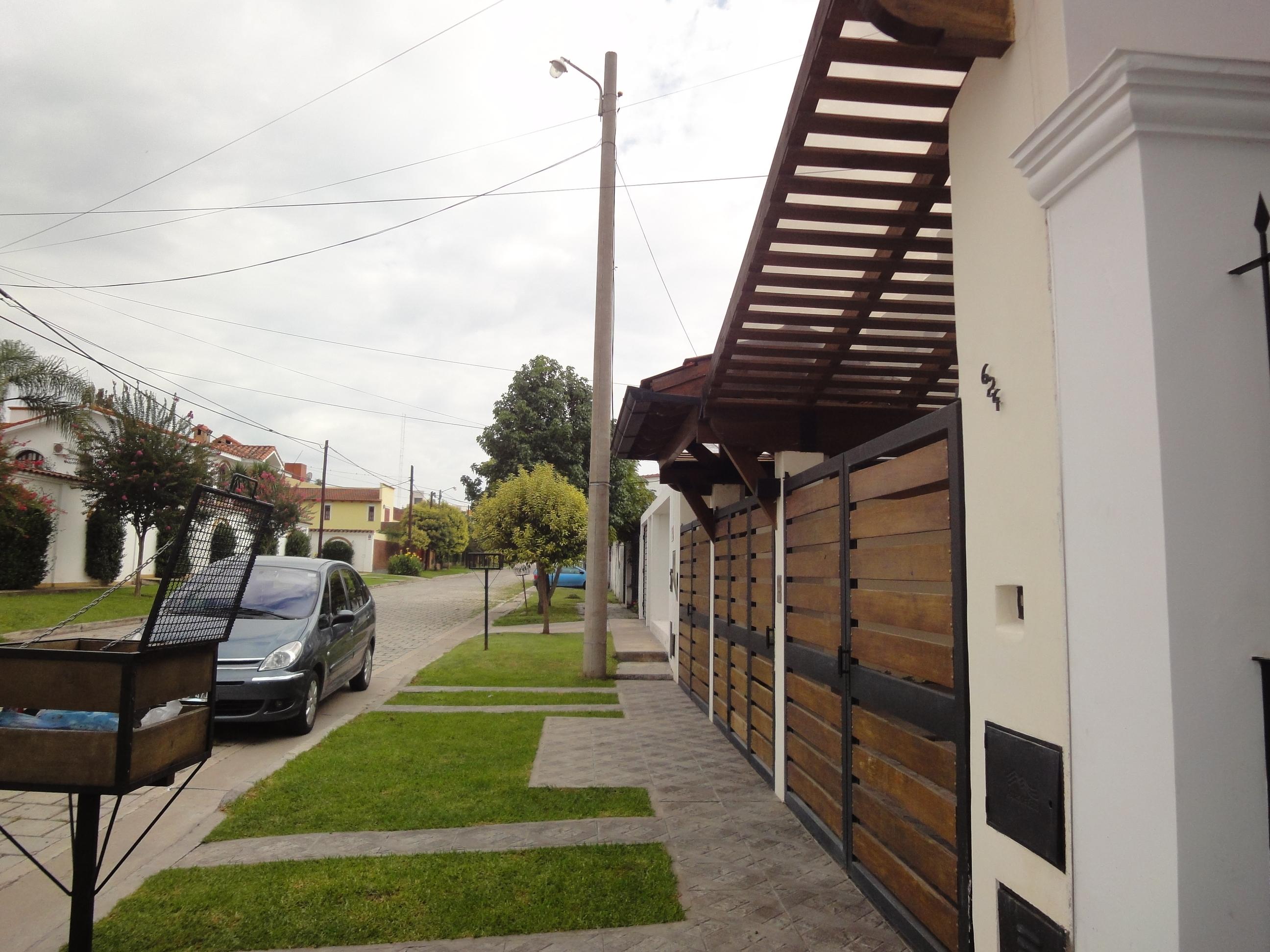 Det in fachada portones de madera y chapa - Maderas y chapas ...